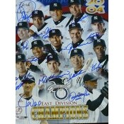 Signed Yankees New York 2004 11x14 By The 2204 Yankees Team autographed
