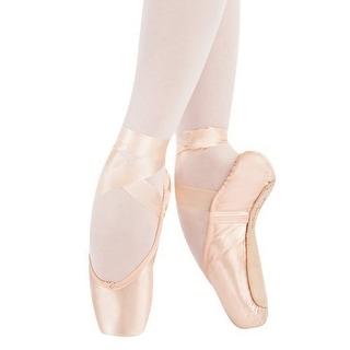 Capezio Womens Tiffany Pointe Shoe