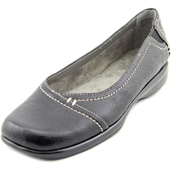 Aerosoles Richmond Round Toe Synthetic Flats