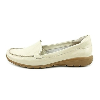 Easy Spirit Women's Abide Patent Leather Moc Loafer