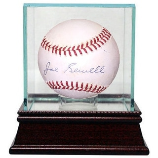 Joe Sewell signed Official American League Baseball w/ Glass Case very minor tone- Beckett Holo #C90176 (Indians/Yankees)