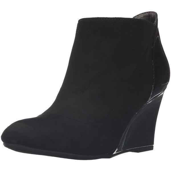 Bandolino Women's Yihana Ankle Bootie