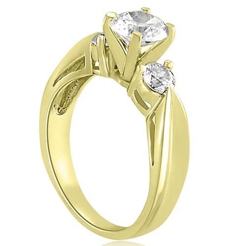 1.00 cttw. 14K Yellow Gold Round Cut Three-Stone Diamond Engagement Ring