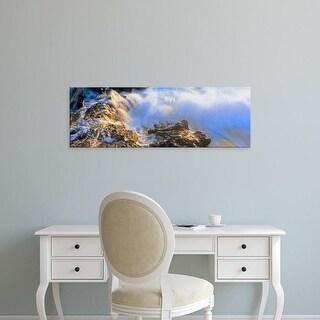 Easy Art Prints Panoramic Image 'Wave on rocks, Cerritos Beach, Todos Santos, Baja California Sur, Mexico' Canvas Art
