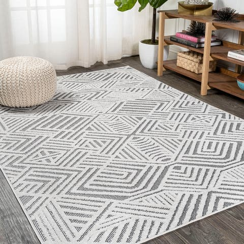 JONATHAN Y Jordan High-Low Pile Art Deco Geometric Indoor/Outdoor Area Rug