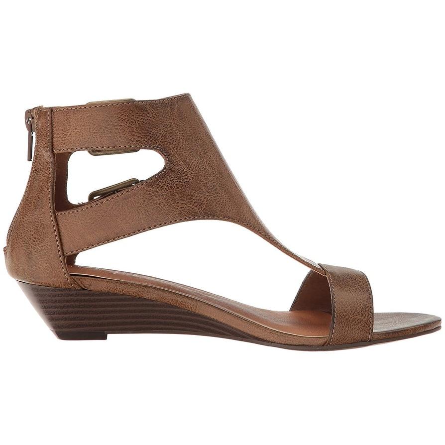 af90ff13c31 Sugar Womens' Wigout Demi Wedge T-Bar Open Toe Buckle Sandal