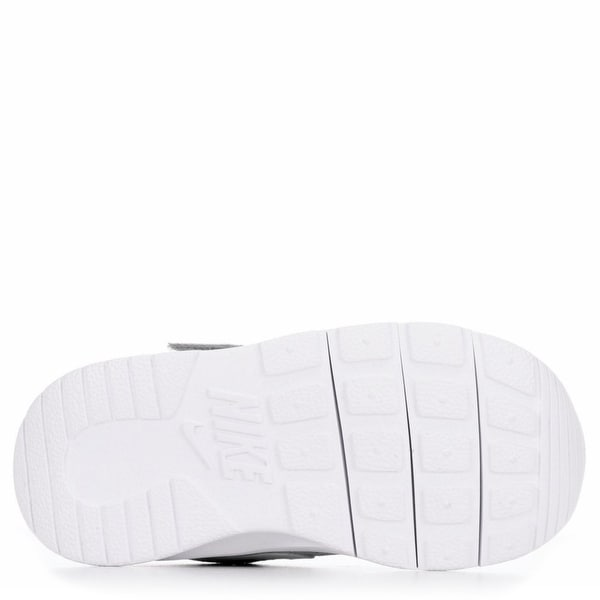 detailed look aeb42 cdb76 Shop Nike Boy s Tanjun (TDV) Running Shoes - Free Shipping Today -  Overstock.com - 17950066