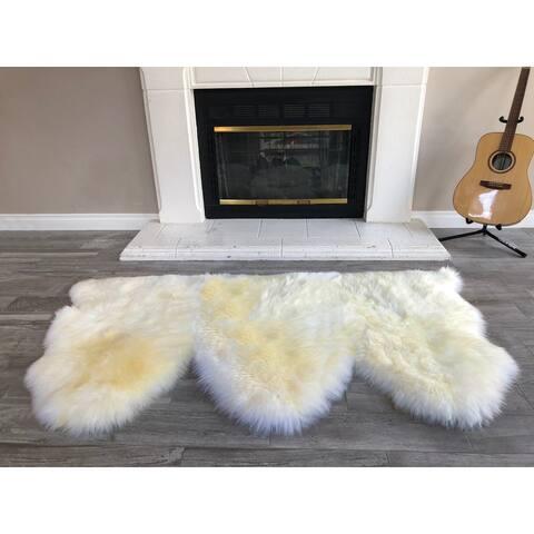 "Dynasty Natural 3-Pelt Luxury Long Wool Sheepskin Light Beige Shag Rug - 3' x 4'6"""