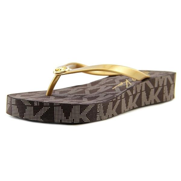 Michael Michael Kors Bedford Flip Flop Women Synthetic Gold Flip Flop Sandal