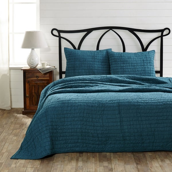 VHC Brands Rochelle Aegean Blue Ruched Queen Quilt Set with 2 Shams