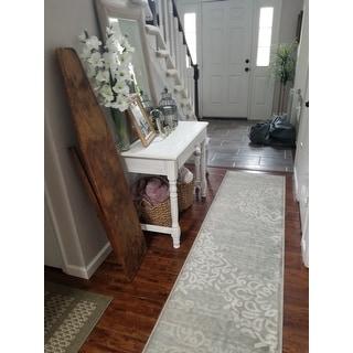 Porch & Den Pearl District Burnside Grey Runner Rug (2'2 x 7'7)