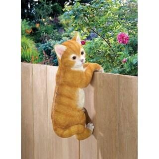 Climbing Cat Decor