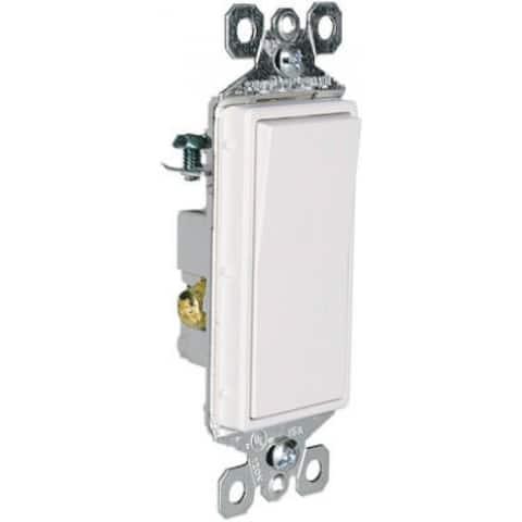 Pass & Seymour TradeMaster Illuminated Decorator Switch, 15A, White