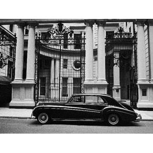 ''Rolls Royce'' by Henri Silberman Photography Art Print (23.5 x 31.5 in.)
