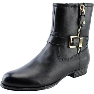 Isaac Mizrahi Tasha Round Toe Leather Ankle Boot