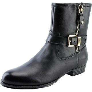 Isaac Mizrahi Tasha W Round Toe Leather Ankle Boot