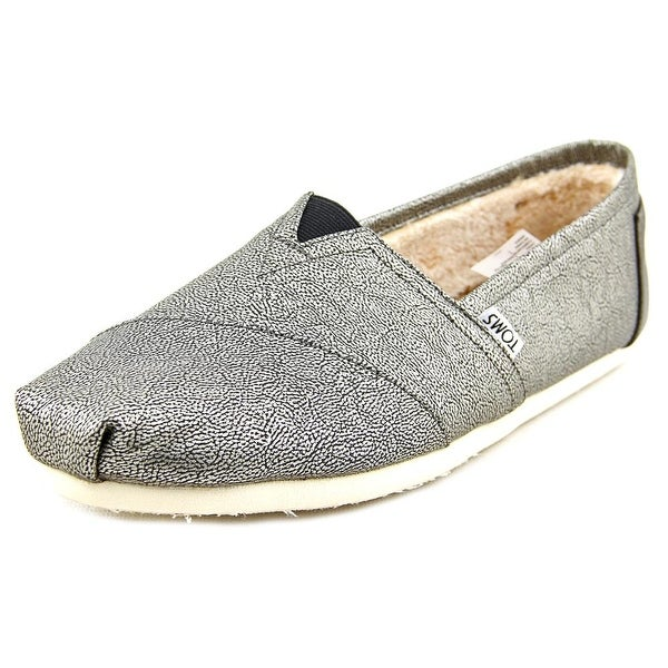Toms Classic Women Round Toe Synthetic Gray Loafer