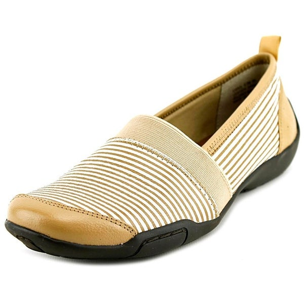 Ros Hommerson Carol Women Round Toe Leather Nude Loafer