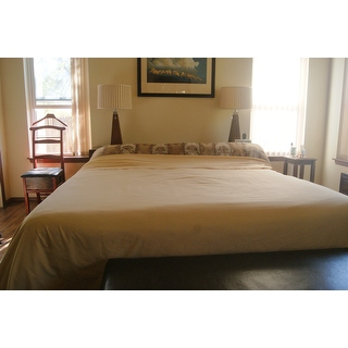 Tight Bed Sheets Hotels