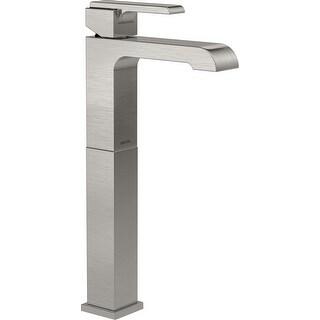 Delta 767LF  Ara 1.2 GPM Single Hole Bathroom Faucet