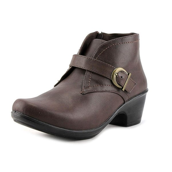 Easy Street Banks Women Brown Boots