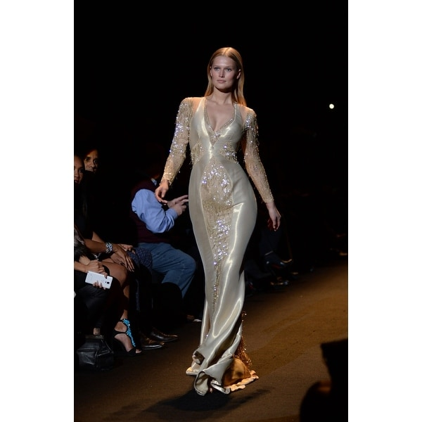 b2d8851d67095 Toni Garn On The Runway For Fashion For Relief 2015 Fall Fashion Show The  Theatre At Lincoln Center New York Ny February 14 2015