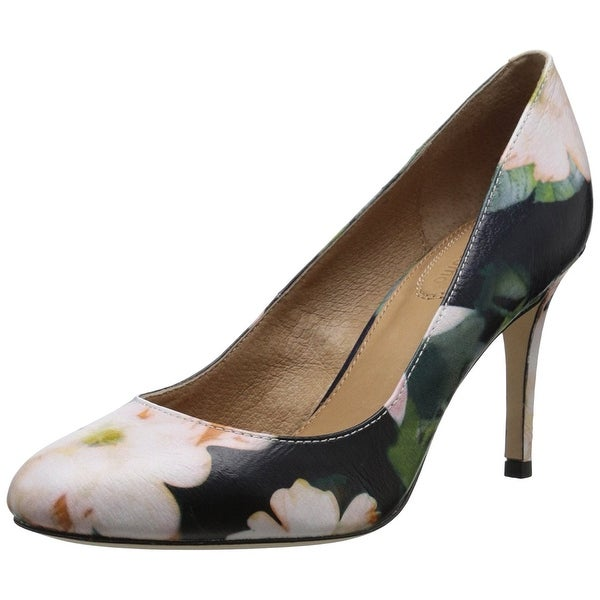Corso Como Womens Webster Leather Closed Toe Classic Pumps