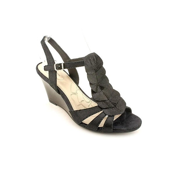 G.B. Adasah Wedge Sandals - Black - 6