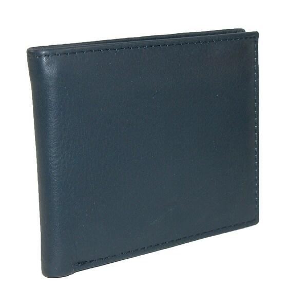 CTM® Men's Leather Slimfold Bilfold Wallet - One size