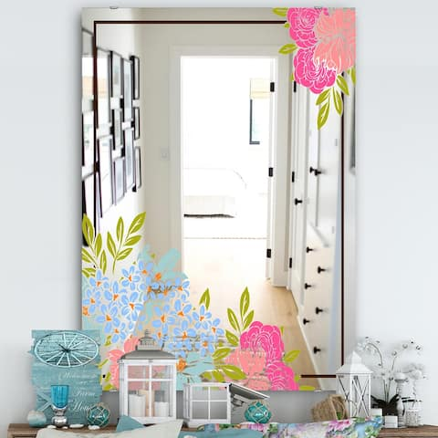 Designart 'Garland Sweet 30' Traditional Mirror - Wall Mirror