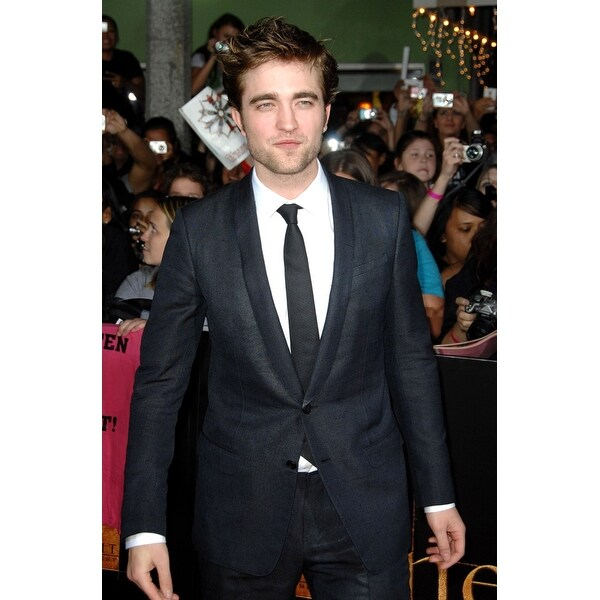 Shop Robert Pattinson At Arrivals For The Twilight Saga New Moon Premiere  Mann Village And Bruin Theaters Los Angeles Ca November 16 - Free Shipping  On ... 2a9dff869318