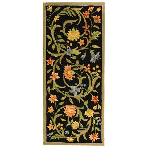 SAFAVIEH Hand-Hooked Chelsea Hali Country Cottage Floral Scrolls Wool Rug