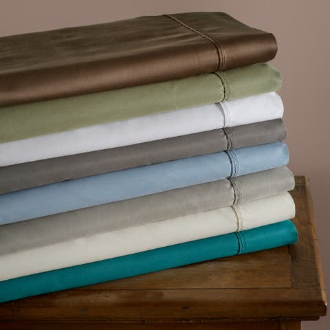 Miranda Haus 600-Thread Count Cotton and Polyester Solid Bed Sheet Set