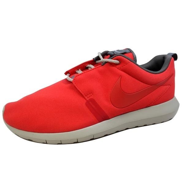 Nike Men's Rosherun NM Light Crimson/Light Crimson-University Red 631749-666 Size 9.5
