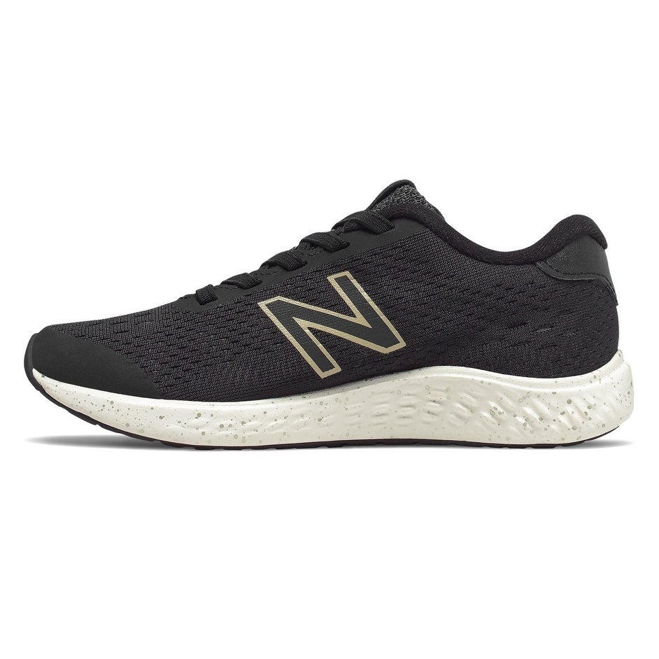 boys new balance top