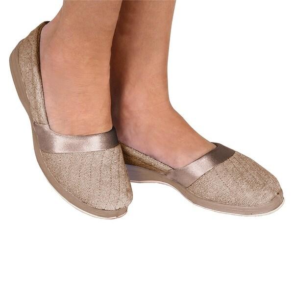 Women's Foamtreads All Season Slip On Slippers - Wide - Size 9 1/2 - Champagne - size 9 1/2