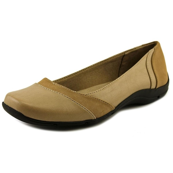 Life Stride Daydream Women Round Toe Synthetic Tan Ballet Flats