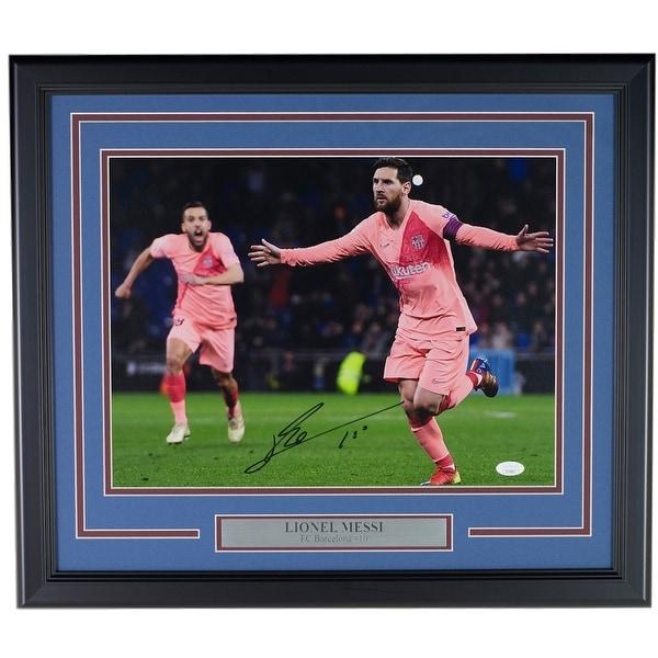 the best attitude c2072 325e1 Lionel Messi FC Barcelona Signed Framed 12x16 Pink Jersey Photo JSA