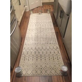 nuLOOM Geometric Moroccan Beads Grey Runner Rug (2'8 x 8')