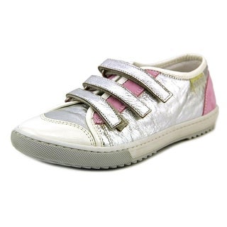 Ninette Florida Round Toe Canvas Sneakers