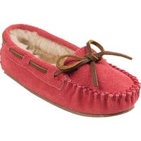 Minnetonka Girls' Cassie Slipper Bright Pink Suede