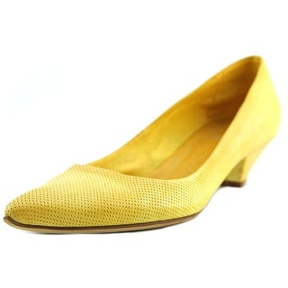 JFK Dive Pointed Toe Leather Flats