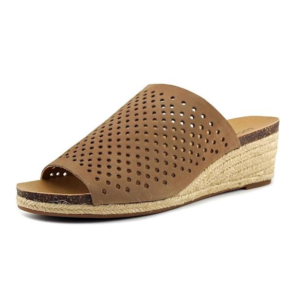 Lucky Brand Jemya Women Sesame Sandals