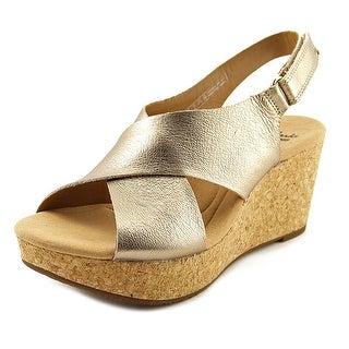 2f6d0464d4e3 clarks privo sandals