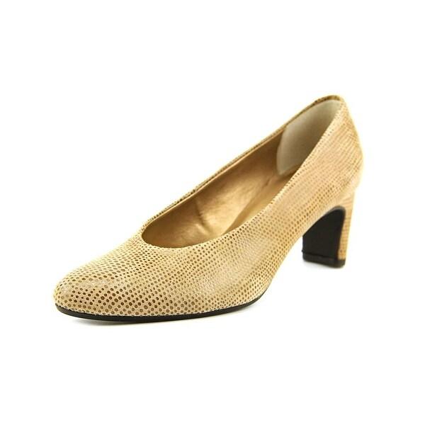 Vaneli Dune Women Round Toe Leather Gray Heels