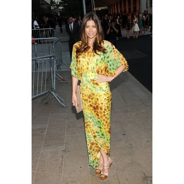 Shop Jessica Biel At Arrivals For The 2010 Council Of Fashion Designers Of America Cfda Awards Alice Tully Hall At Lincoln Center New Overstock 24373640