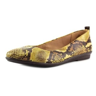 Easy Spirit Kimera Round Toe Leather Flats