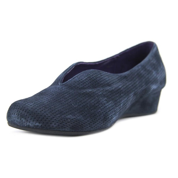 Vaneli Mango Women Round Toe Suede Blue Loafer