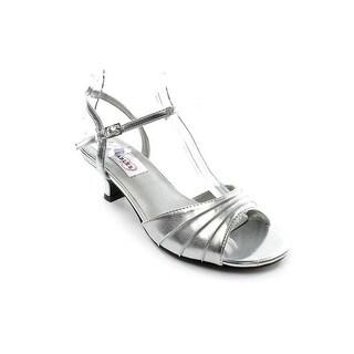 Dyeables Brielle Women Silver Metallic Sandals