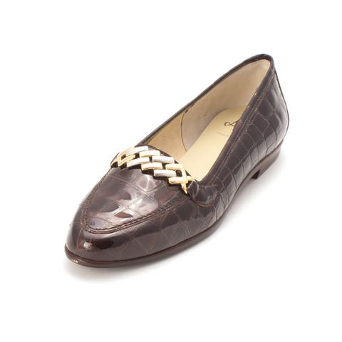 Amalfi by Rangoni Womens Oste Almond Toe Loafers